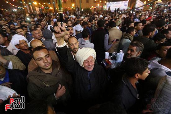 الآلاف يحيون ذكرى استقرار رأس الحسين (8)