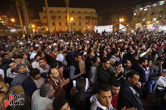الآلاف يحيون ذكرى استقرار رأس الحسين (7)