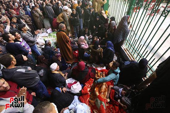 الآلاف يحيون ذكرى استقرار رأس الحسين (5)