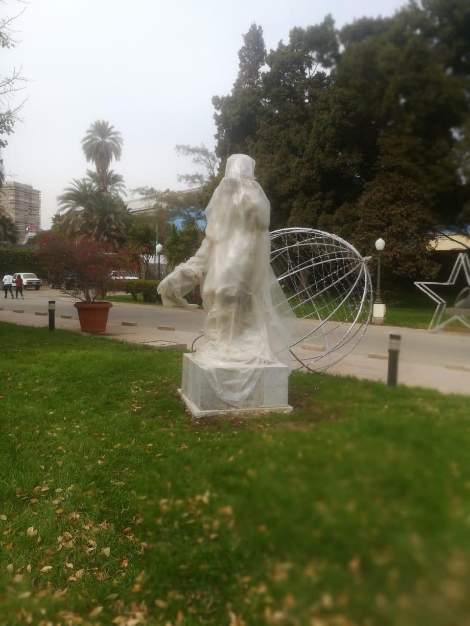 تمثال فاتن حمامة فى الاوبرا  (2)