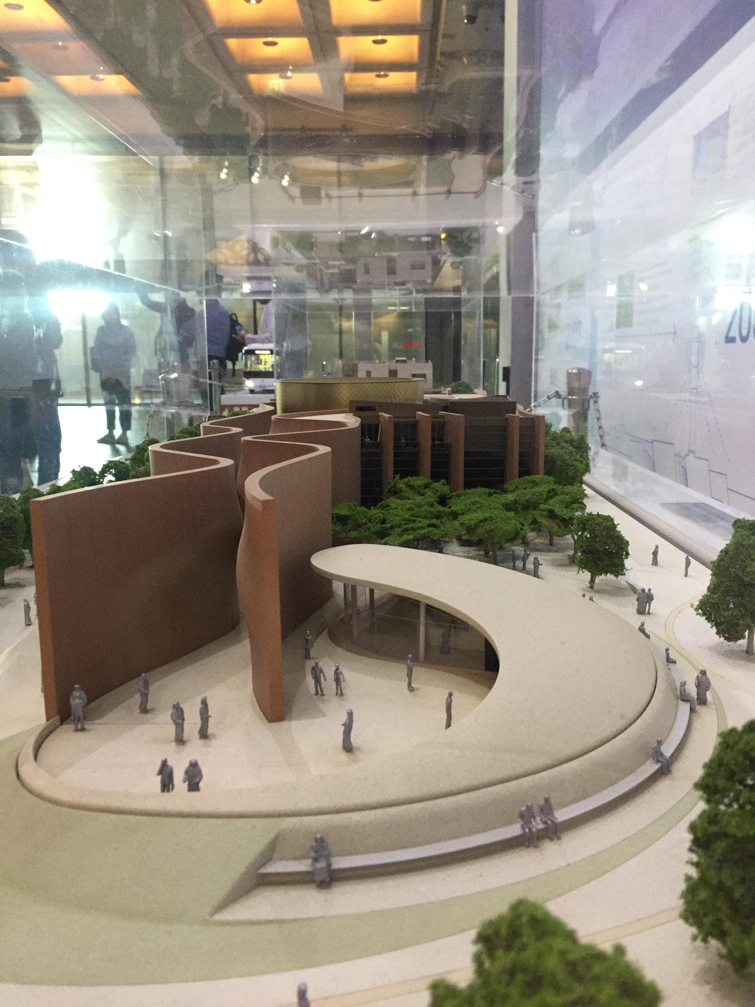 ماكيت لمباني يتم إنشائها حاليا ذاتية الطاقة  (3)