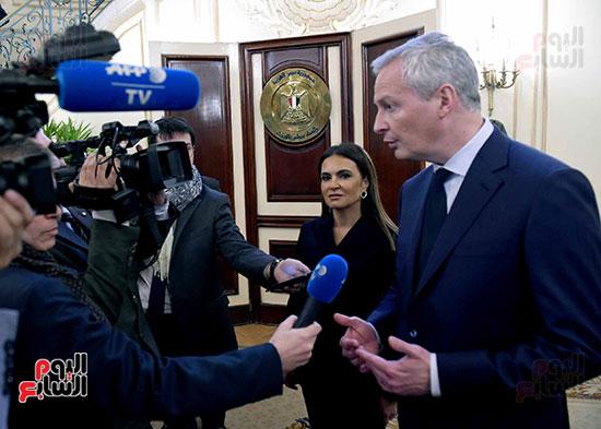 مصطفى مدبولى وبرونو لومير وزير الاقتصاد والمالية الفرنسي (12)