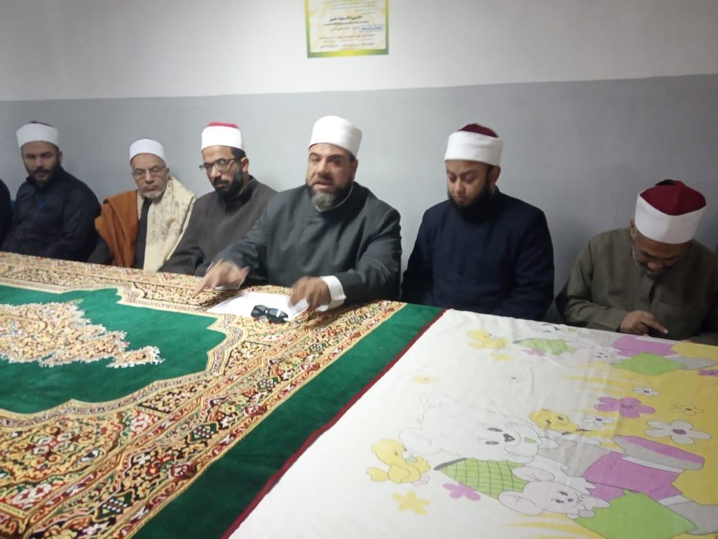 وكيل أوقاف السويس يفتتح مركز إعداد محفظي القرآن الكريم (6)