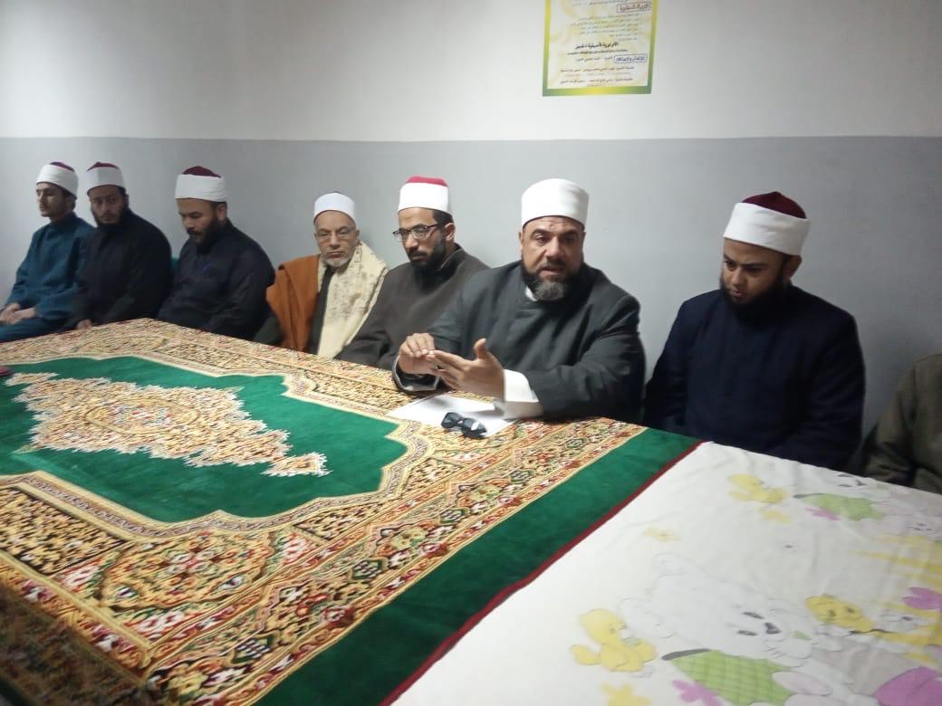 وكيل أوقاف السويس يفتتح مركز إعداد محفظي القرآن الكريم (4)