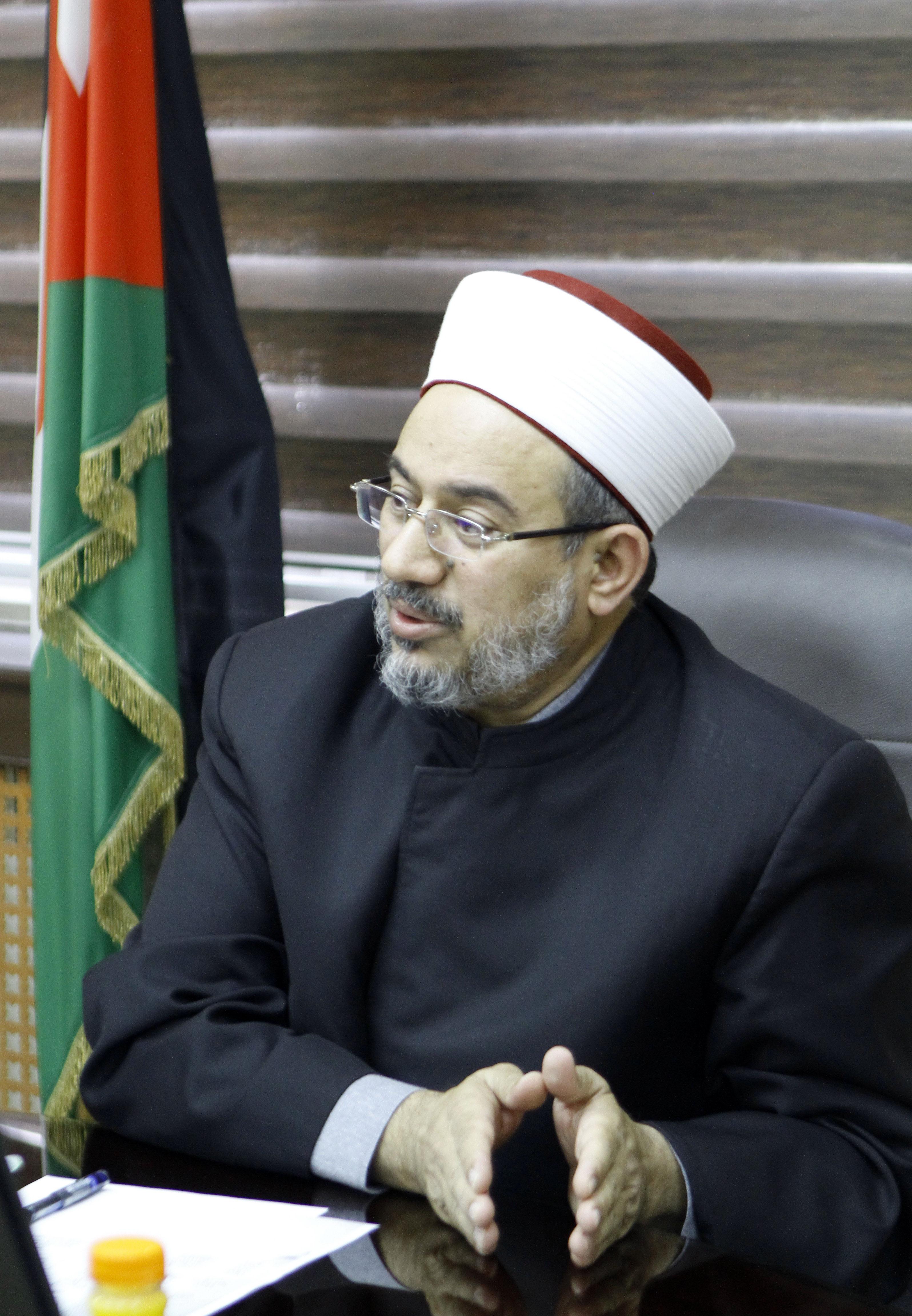 عبدالناصر أبو البصل وزير الأوقاف الأردنى (2)
