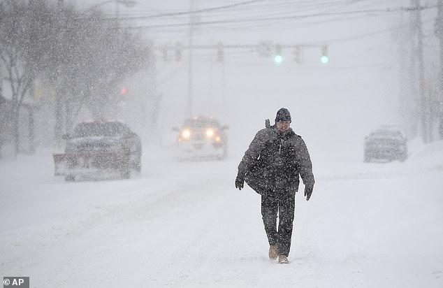 الثلوج تغطى ولاية نيويورك