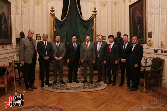 وفد كوريا الجنوبية البرلمانى يعد بزيادة الاستثمارات بمصر (6)