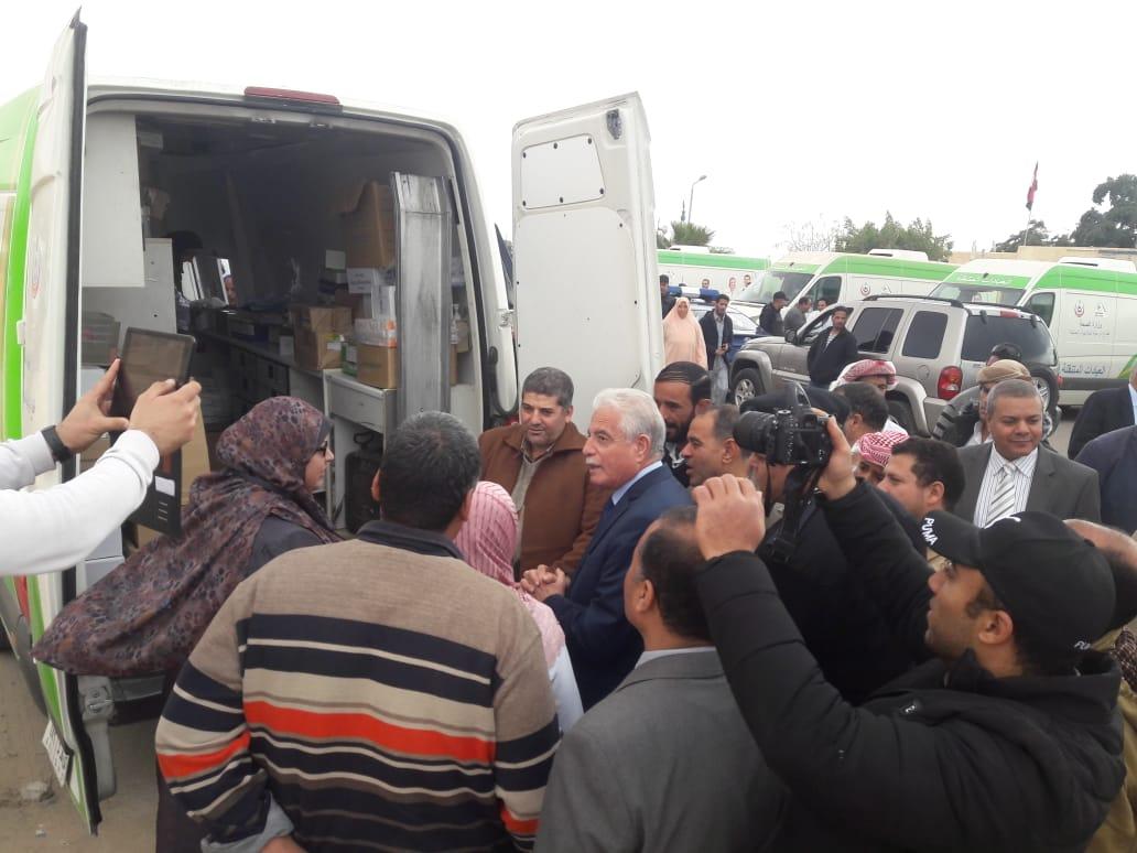 قافلة الأزهر في أبو زنيمة توقع الكشف على ٧٤٨ مريضًا (1)