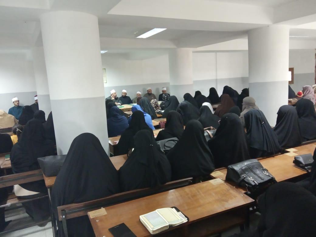 وكيل أوقاف السويس يفتتح مركز إعداد محفظي القرآن الكريم (2)