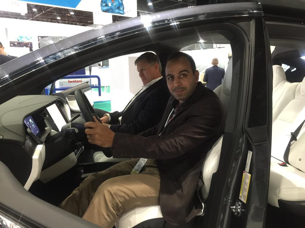 سيارات تعمل بالكهرباء وتسير أكثر من 300 كم بشحنة واحدة (1)