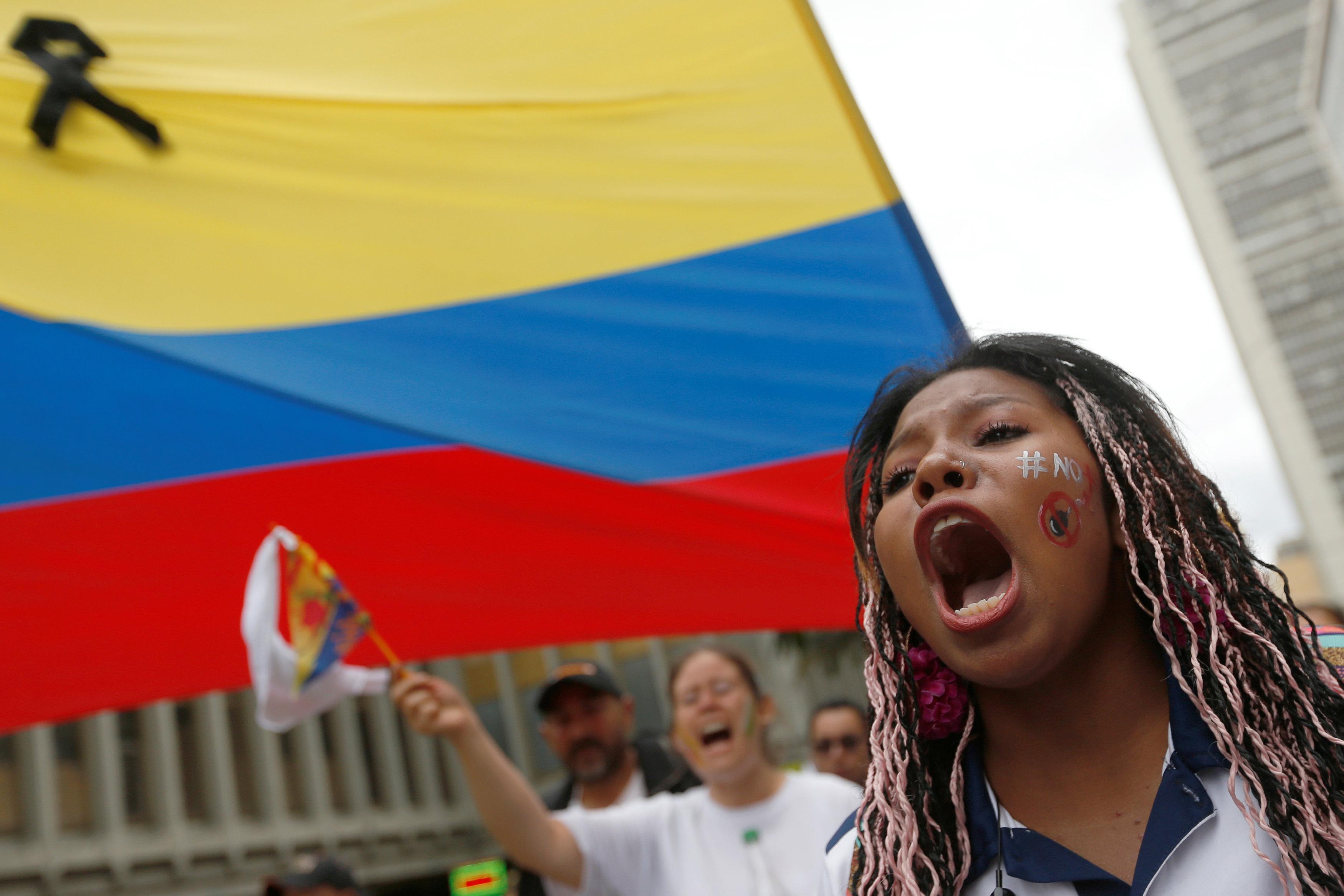 مسيرة ضد العنف فى كولومبيا (2)