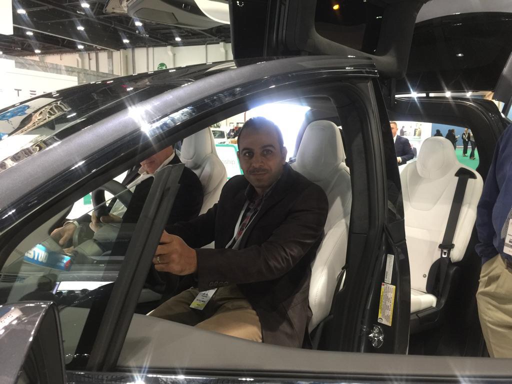 سيارات تعمل بالكهرباء وتسير أكثر من 300 كم بشحنة واحدة (4)