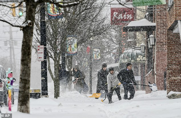 الثلوج تغطى ولاية نيويورك (2)
