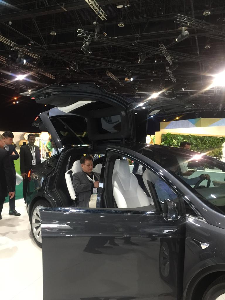 سيارات كهربائية كبيرة الحجم
