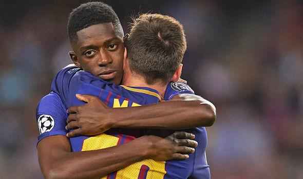 ديمبلى لاعب برشلونة مع ميسي