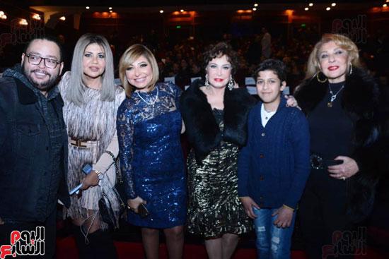 العرض الخاص لمسرحيه محمد هنيدى (6)