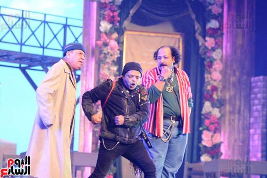 العرض الخاص لمسرحيه محمد هنيدى (14)