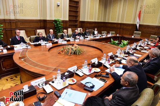 لجنة الدفاع والامن القومى (10)