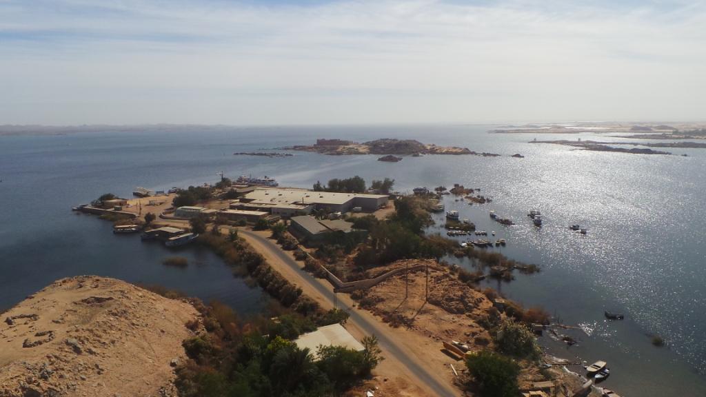 بحيرة ناصر (1)