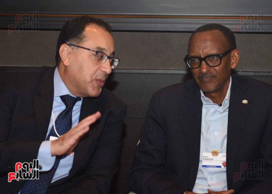 الجلسة الاولى تشكيل اجندة افريقيا فى السياق العالمي  (1)