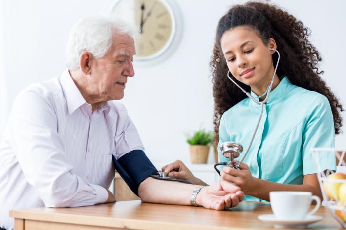 كبر السن من اسباب ارتفاع ضغط الدم