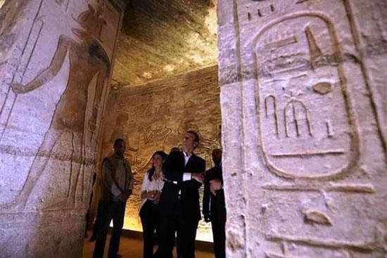 جولة-الرئيس-الفرنسى-بمعبد-أبوسمبل-(2)