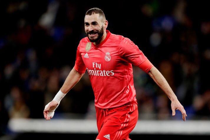 الفرنسى بنزيما مهاجم ريال مدريد