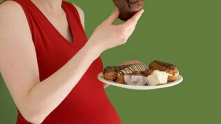 ما يجب تجنب تناوله فى سكر الحمل