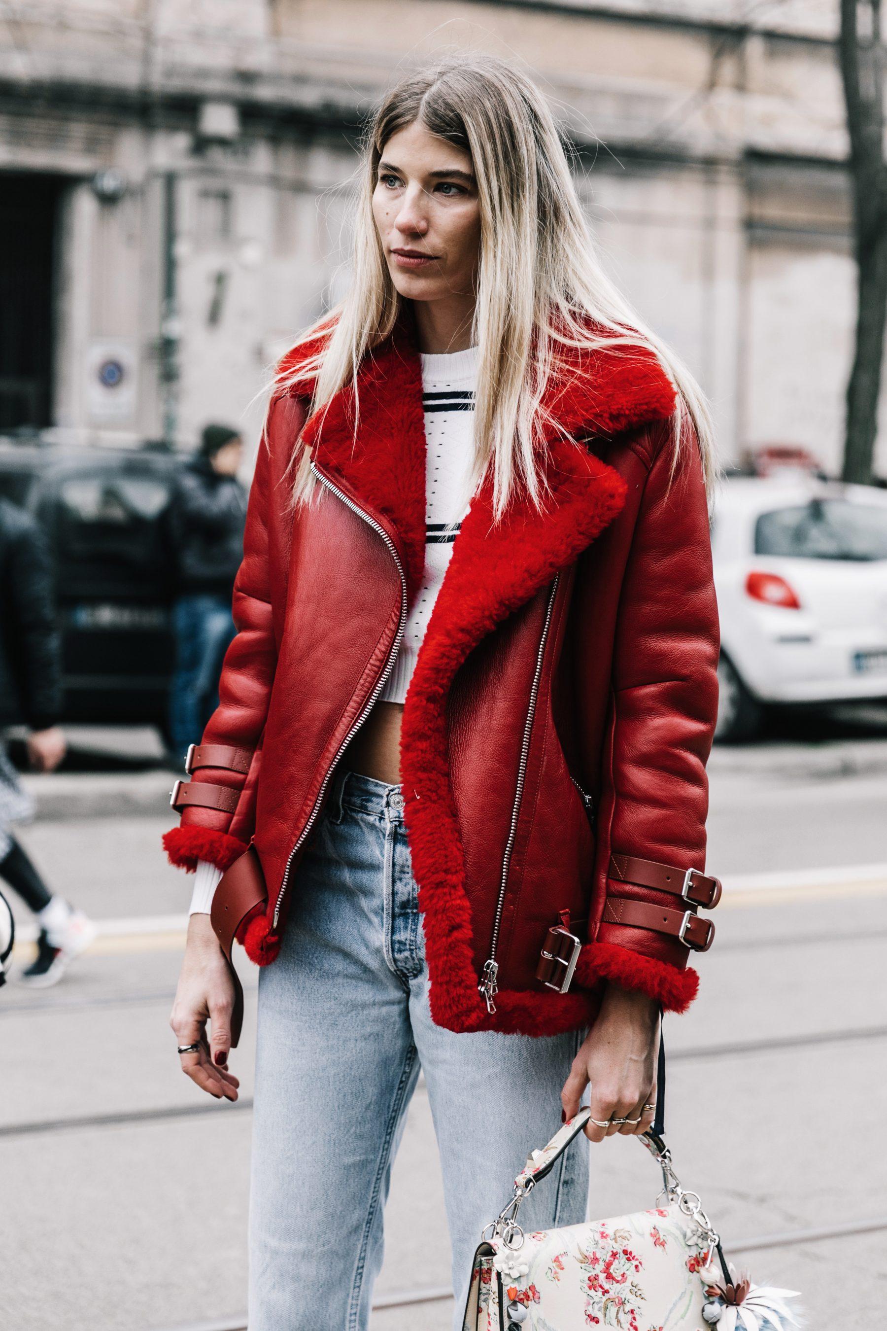 622537-Milan_Fashion_Week_Fall_2017-MFW-Street_Style-Fendi-Max_Mara-Emilio_Pucci-201-1800x2700