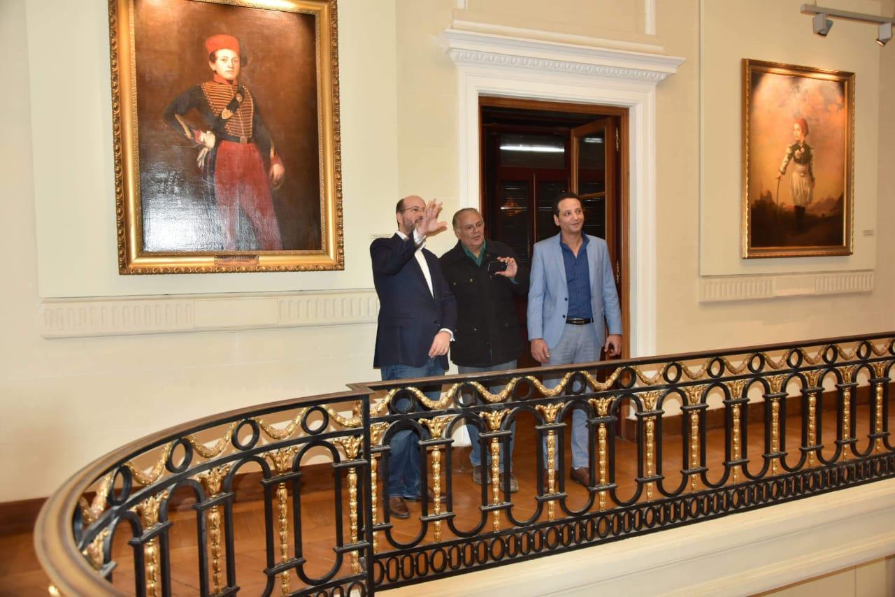 الأمير محمد على خلال زيارته لمجمع الفنون (12)