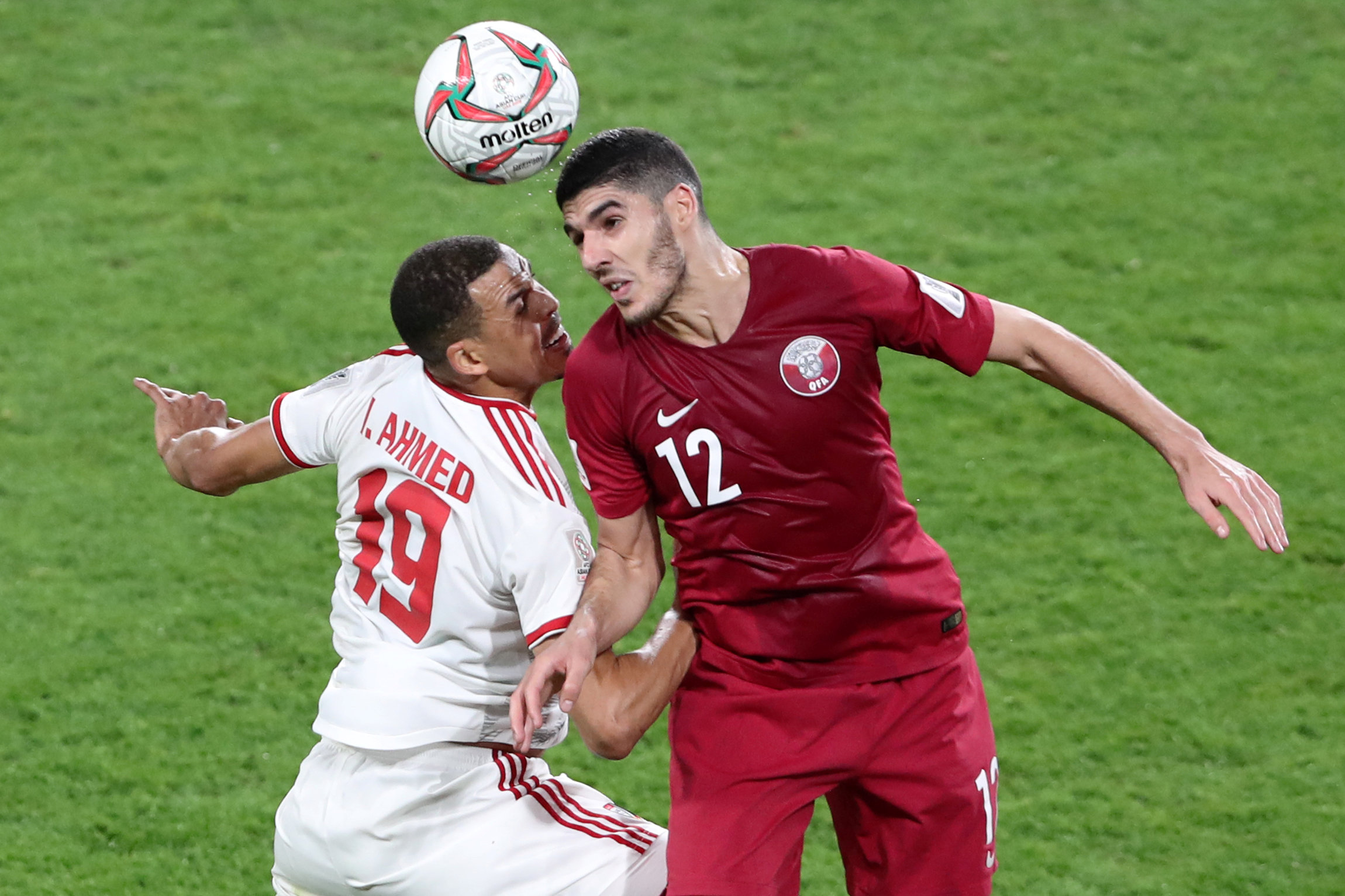 2019-01-29T152953Z_901312969_RC184DAB7700_RTRMADP_3_SOCCER-ASIANCUP-QAT-ARE
