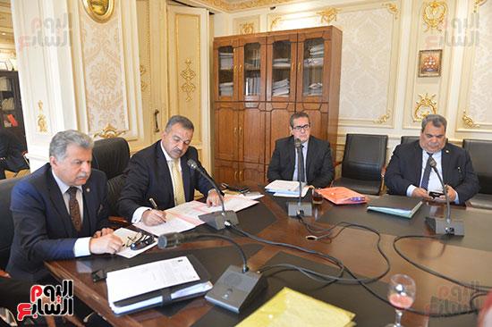 لجنة الصحة بالبرلمان (4)