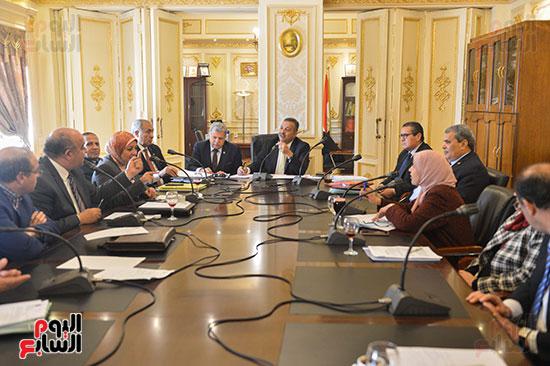 لجنة الصحة بالبرلمان (6)