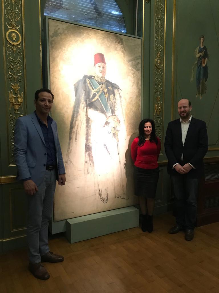 الأمير محمد على خلال زيارته لمجمع الفنون (2)