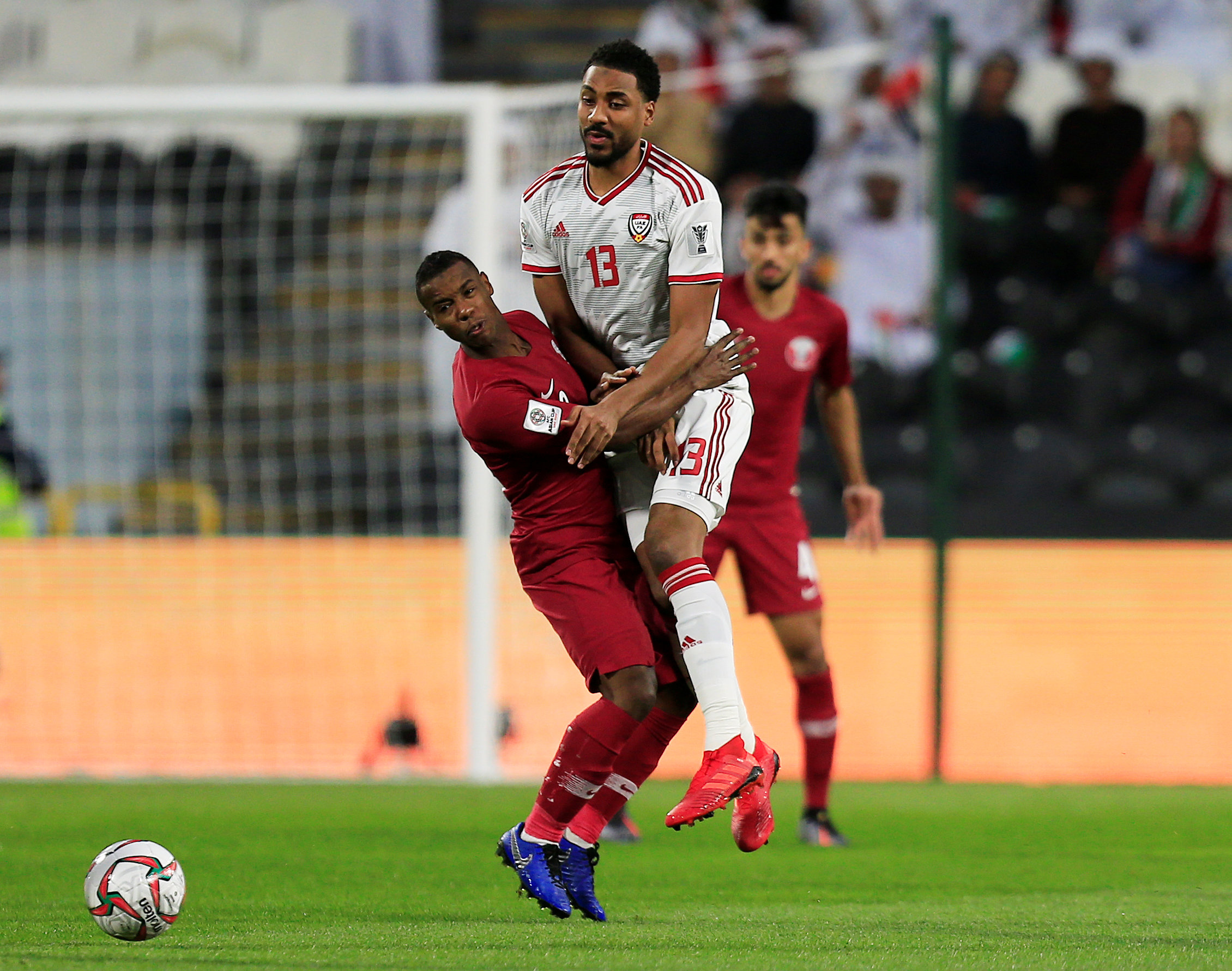 2019-01-29T141952Z_1214914881_RC178ED9F060_RTRMADP_3_SOCCER-ASIANCUP-QAT-ARE