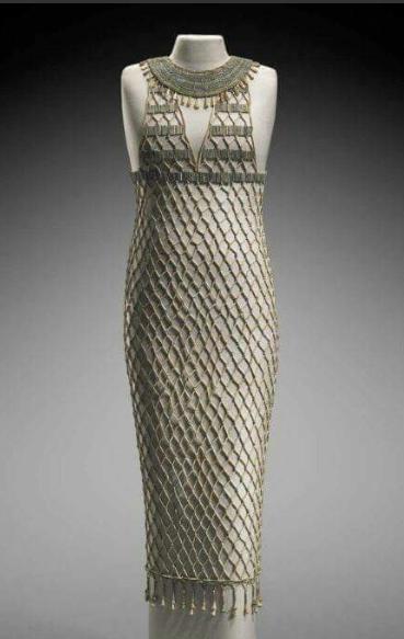 فستان الخرز