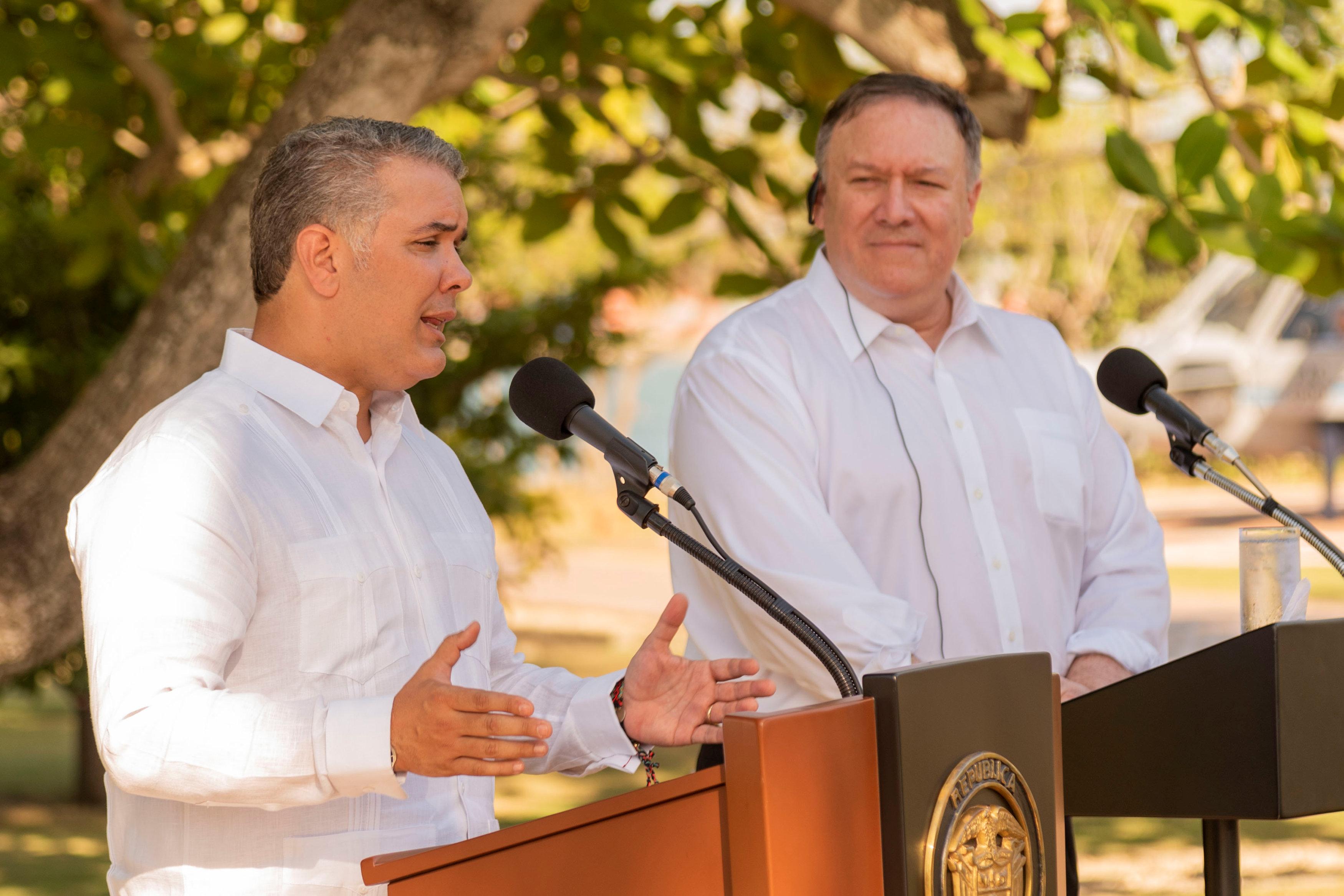 أمريكا وكولومبيا تتفقان على فرض عزلة دبلوماسية  (3)