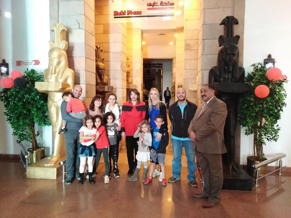 حفيدة أول وزير للسد العالى تزور متحف النيل