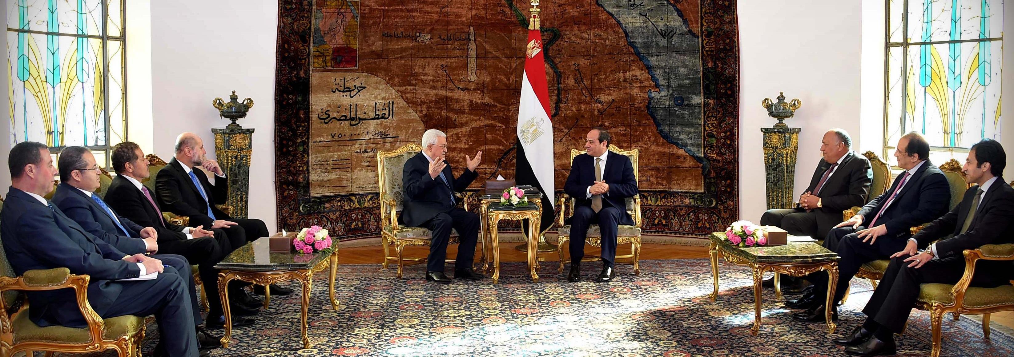الرئيس السيسى يستقبل أبو مازن