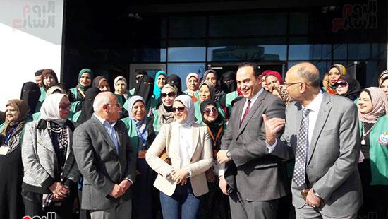 وزيرة الصحة تفتتح وحدتين لطب الأسرة (7)