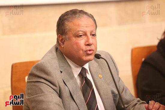 وزيرة الثقافة تتفقد مبنى دار الكتب والعرض المتحفى بصحبة قيادات الوزارة  (24)
