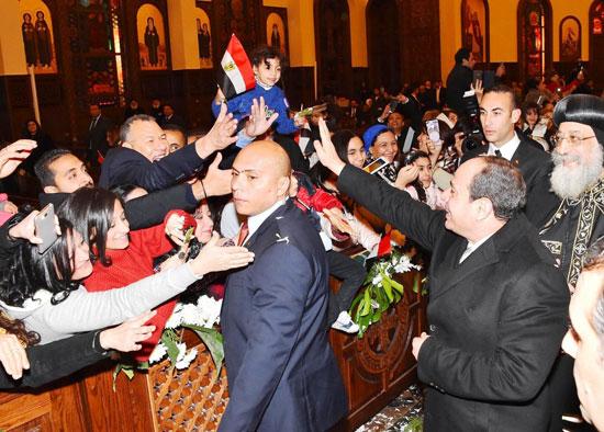 الرئيس يفتتح مسجد الفتاح العليم وكاتدرائية ميلاد المسيح (11)