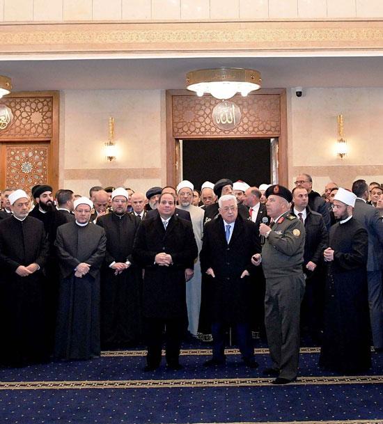 الرئيس يفتتح مسجد الفتاح العليم وكاتدرائية ميلاد المسيح (5)
