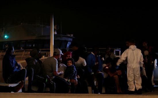 إنقاذ مهاجرين بمالطا