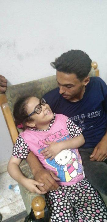 أماني مع والدها