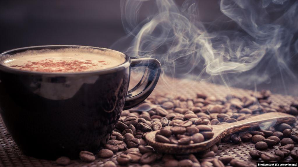 القهوة مفيدة ولكن تحتوى على الكافيين