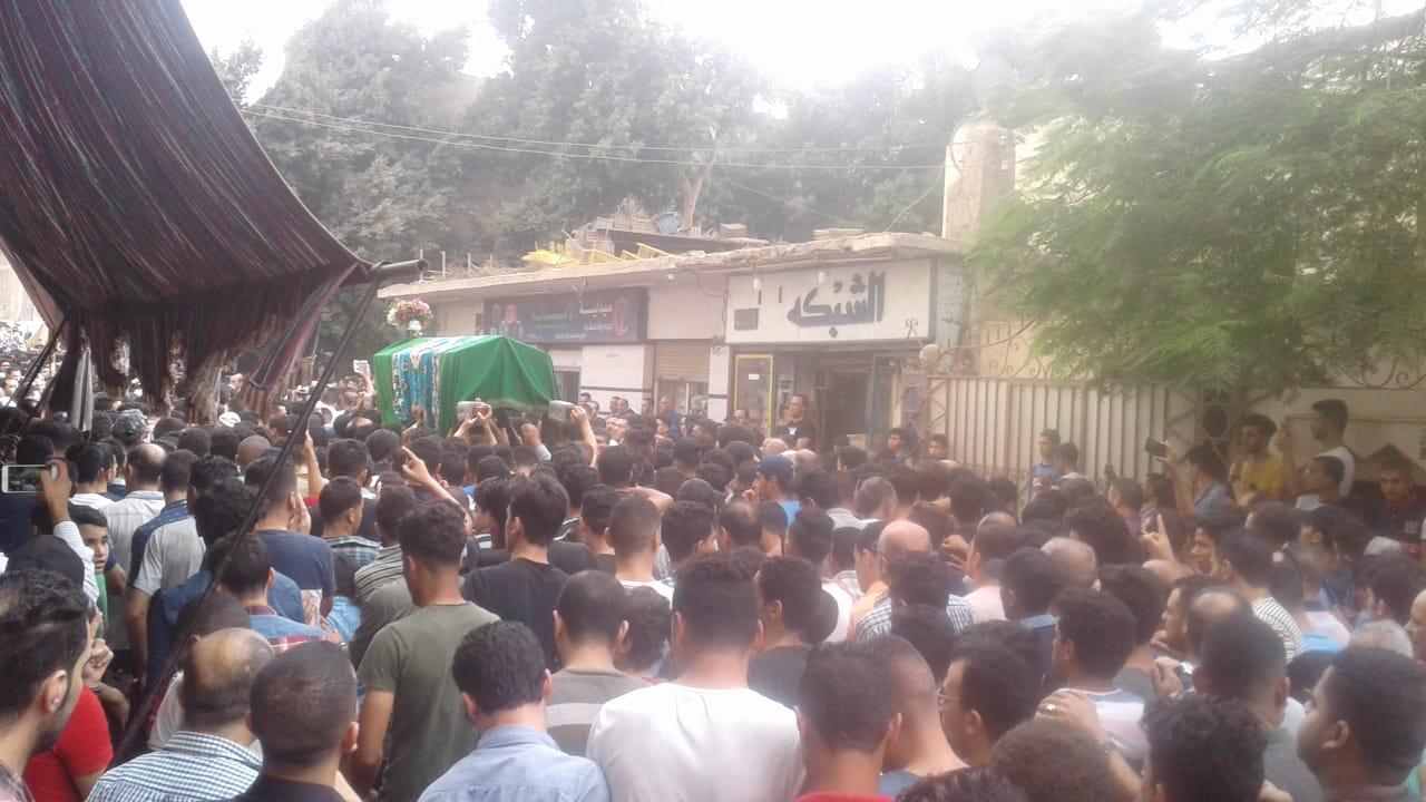 جنازة مهيبة للطالب محمود البنا (6)