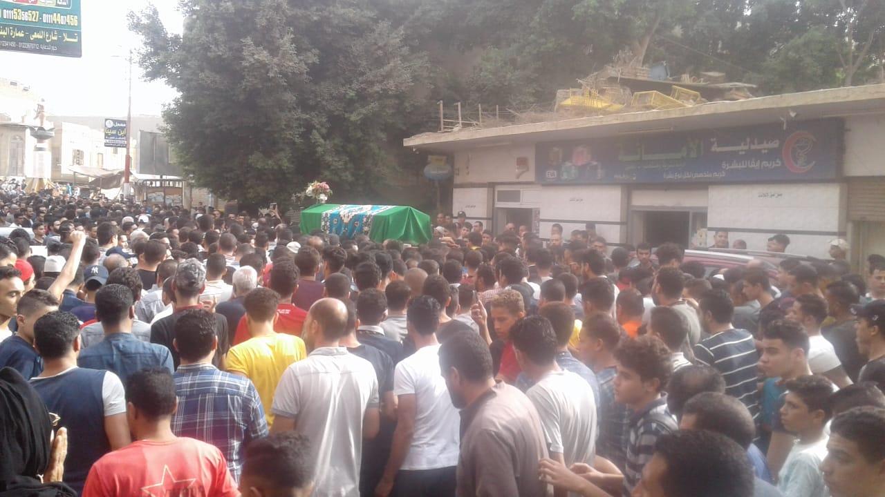 جنازة مهيبة للطالب محمود البنا (4)