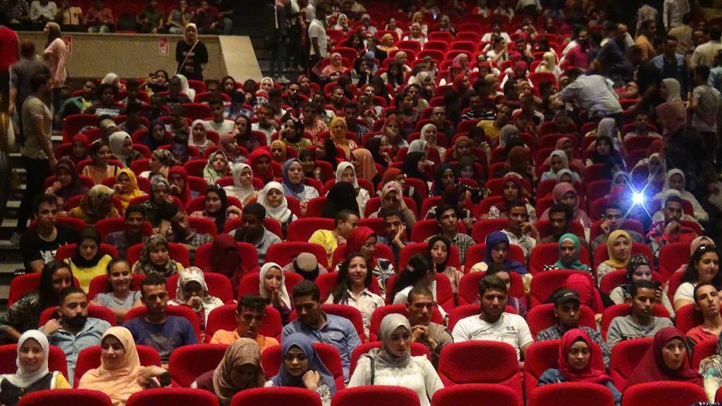 طلاب جامعة المنيا (6)