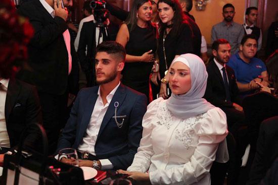 الشييخ-وزوجته